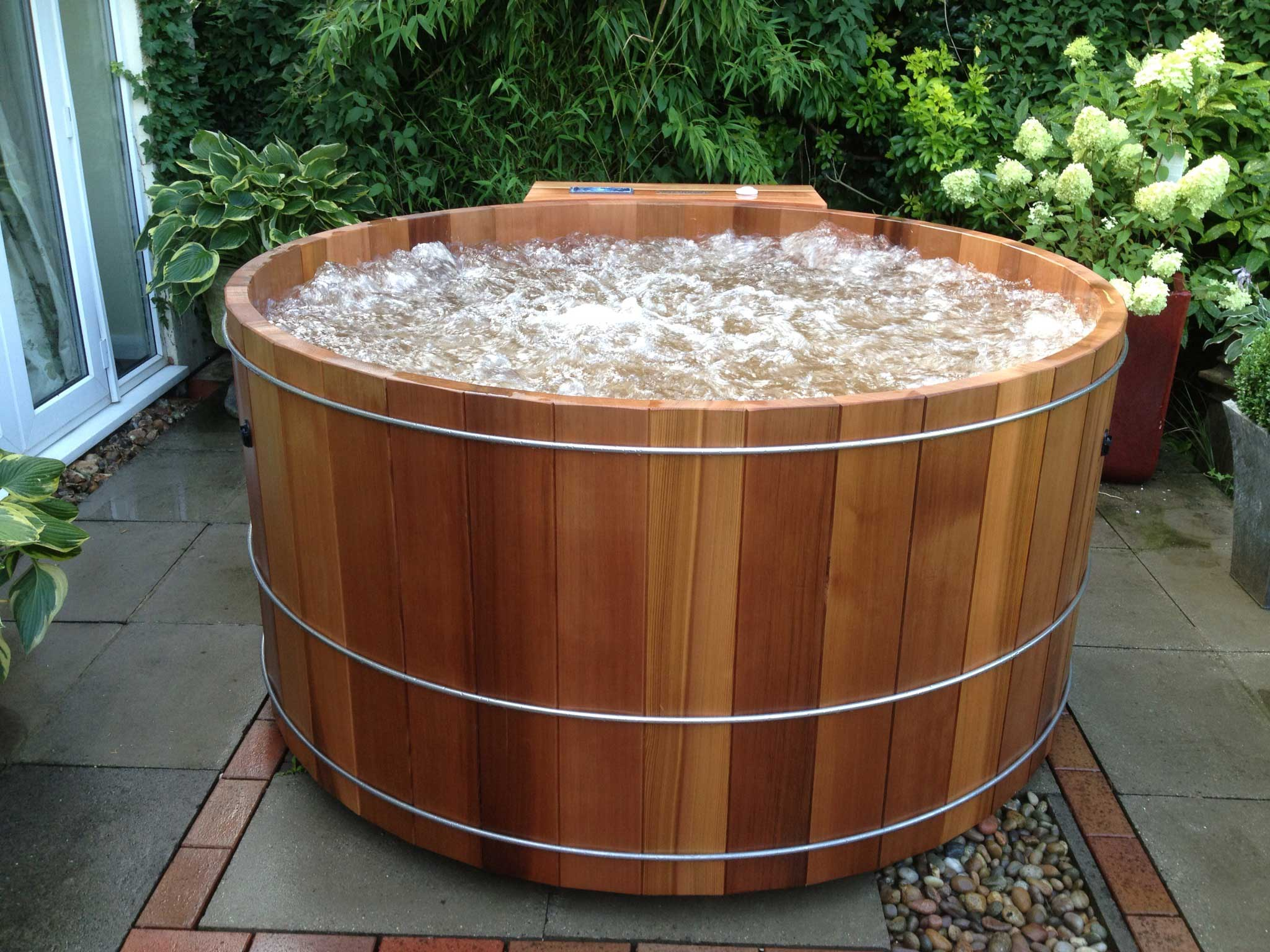 week spa premium hot weekend tub rent barrel hire pht